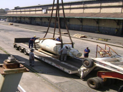 Loading-of-special-cylinders-of-50-tons